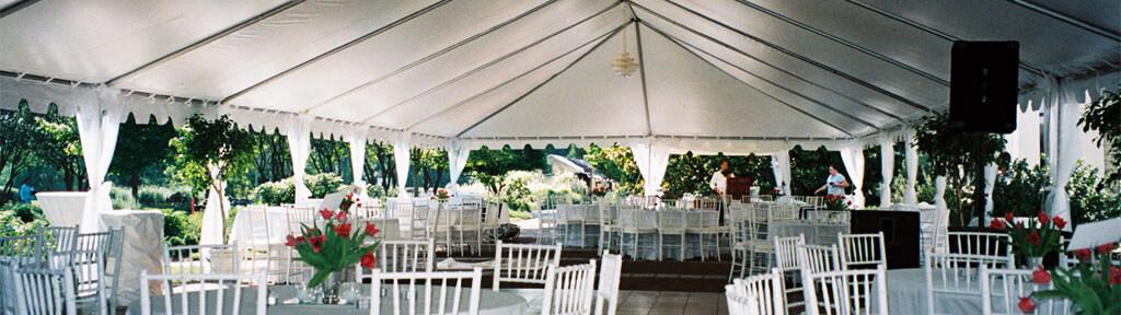 Преимуществ празднования свадьбы на открытом пространстве