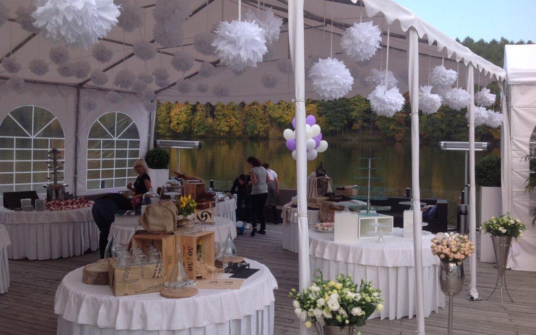 Оренда шатра весільного: незабутнє свято на свіжому повітрі