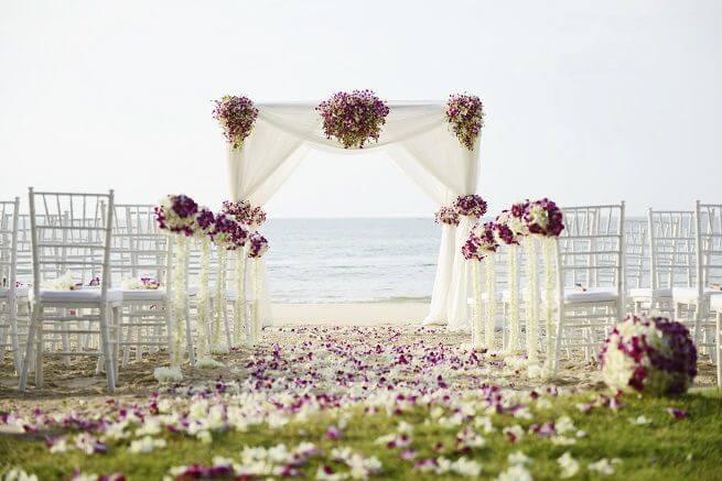 Оренда меблів у Львові для виїзної весільної церемонії