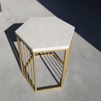 стол журнальный золотой